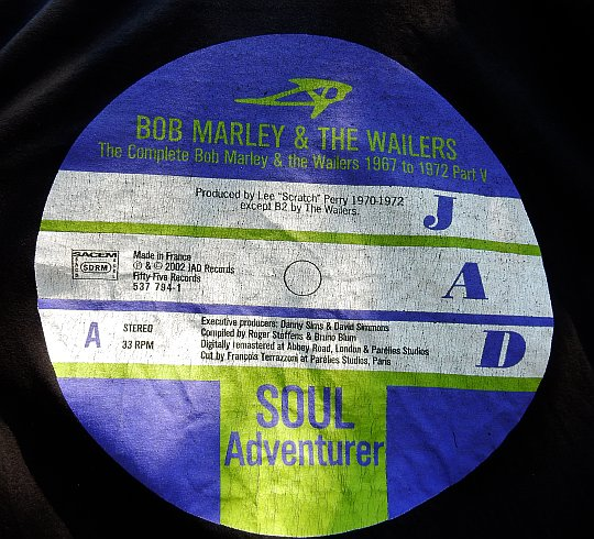 sérigraphie dorsale du t-shirt Bob Markey and The Wailers 1967 to 1972