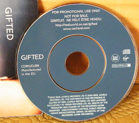 mini CD Collector promo pour le parfum Noa de CACHAREL - Gifted by women of the world