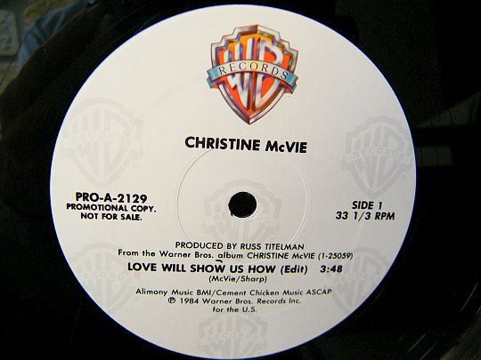face A du maxi 33 promo de Christine McVie - Love will show us how