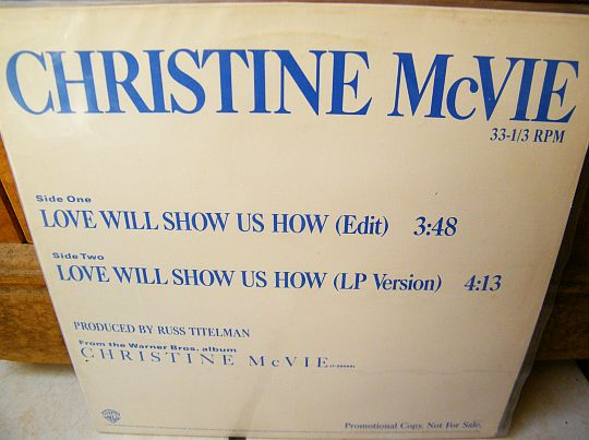 recto du maxi 33 promo de Christine McVie - Love will show us how