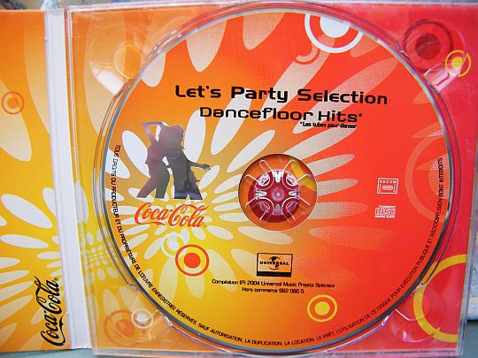 CD hors commerce Coca-Cola Dancefloor hits 2004