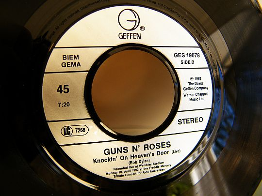Guns N Roses - Knockin on heaven's door face 2 Collector
