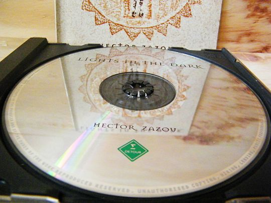 CD collector promo d'Hector ZAZOU - Lights in the dark
