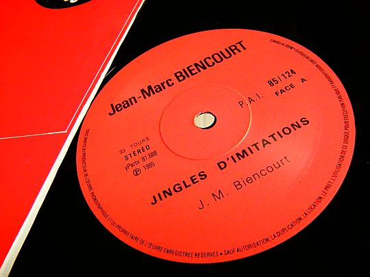 label central du disque d'imitations de Jean-Marc BIENCOURT