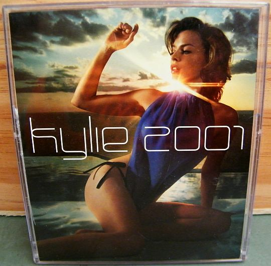 calendrier Collector de Kylie Minogue pour 2001