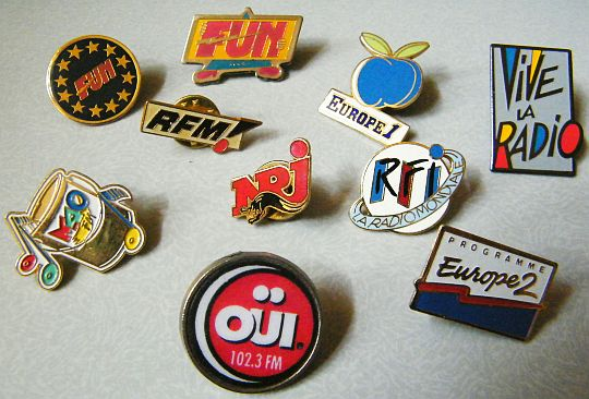 pin's de stations de radio Collectors